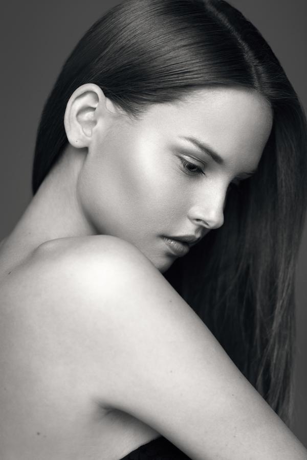 make up artist & stylist & beauty blogger
