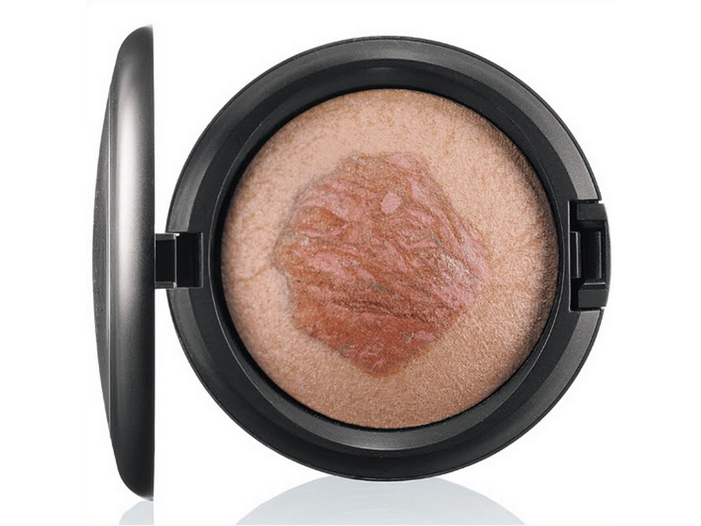 Хайлайтер MAC Crystal Pink Mineralize Skinfinish