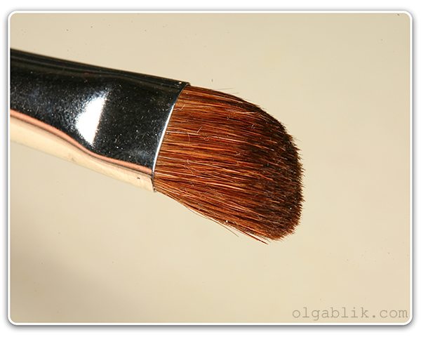 Кисть для растушевки теней MAC 275 Brush