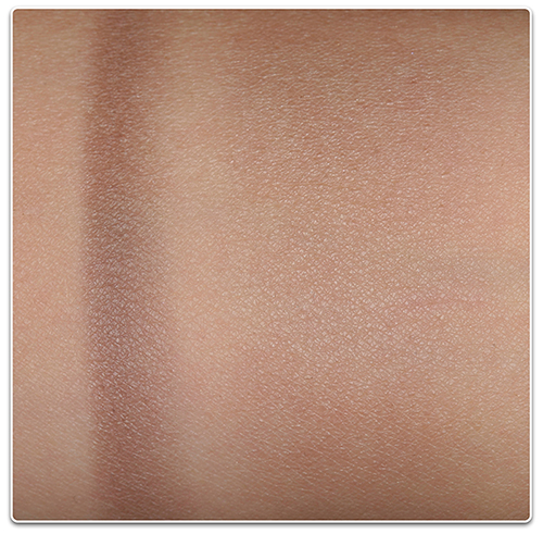 румяна Chanel Ombre Contraste Notorious Sculpting Veil