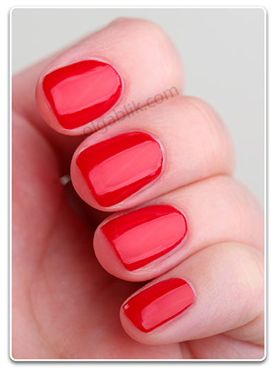 Лак для ногтей Rimmel Lycra Pro - Riviera Red