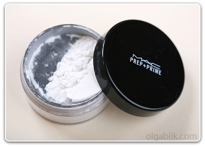 пудра MAC Prep + Prime Transparent Finishing Powder1