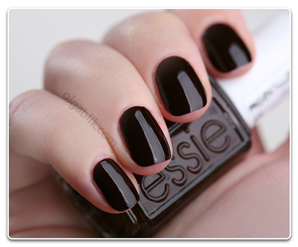 Лак для ногтей Essie - Lady Godiva