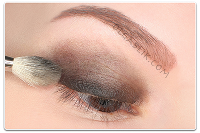 MAC Fluidline Eye-Liner Gel in Blacktrack