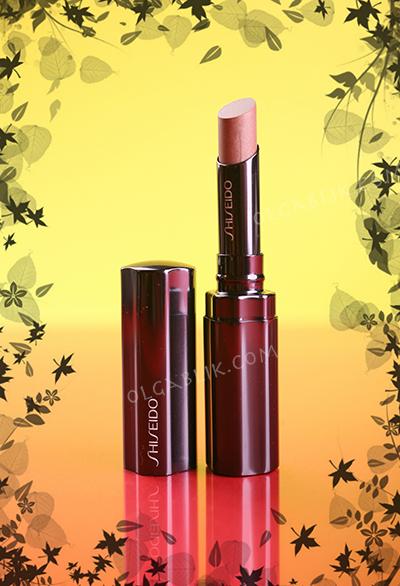 Помада Shiseido Shimmering Rouge