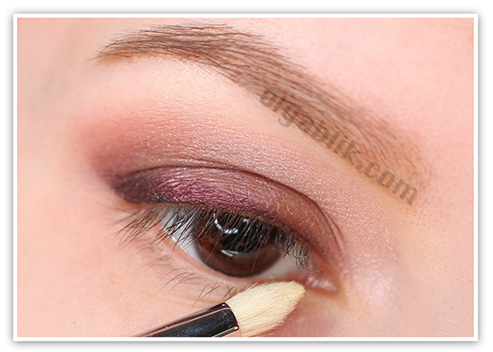 тени для век L'Oreal Color Riche Eyeshadow in Eau de Rose