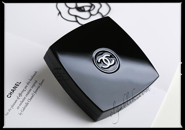 Тени для бровей Le Sourcil de Chanel Perfect Brows 20 Brun