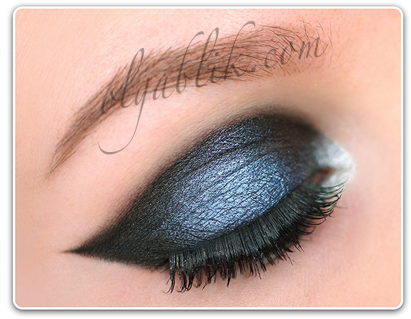Как сделать вечерний графичный макияж