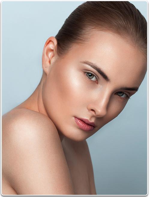 Contour and Sculpt Cheekbones Using Makeup
