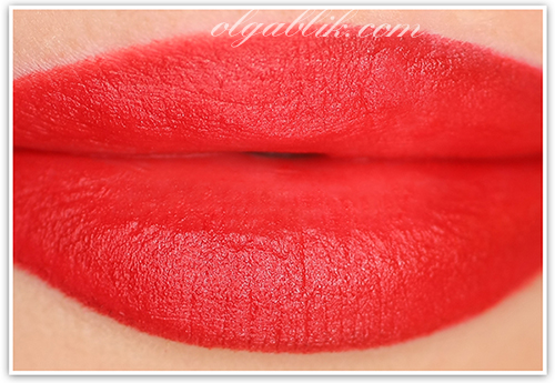 Помада Revlon Matte Lipstick Really Red