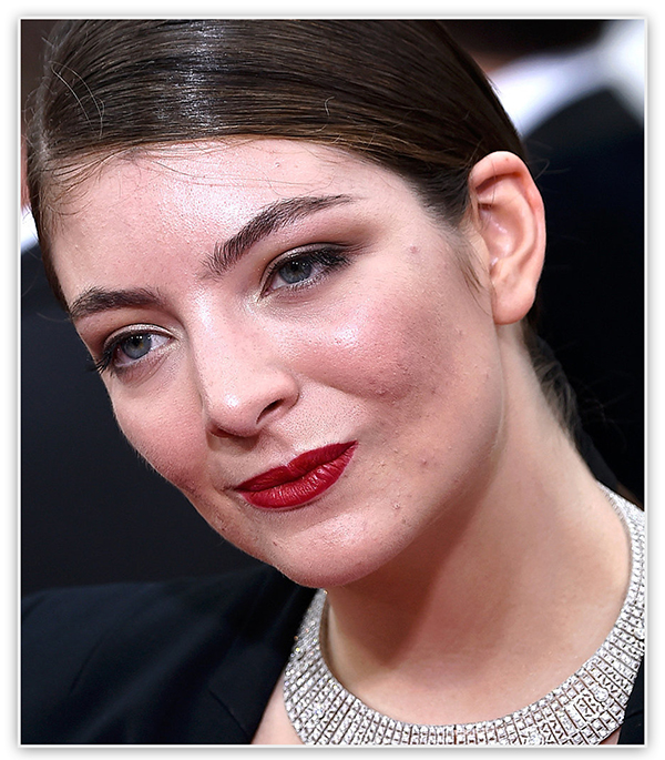 Golden Globe Awards 2015 - неудачный макияж звезд