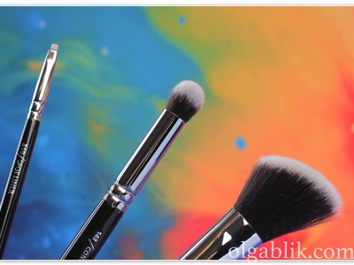 ZOEVA Professional Makeup Brushes: 128, 142, 310