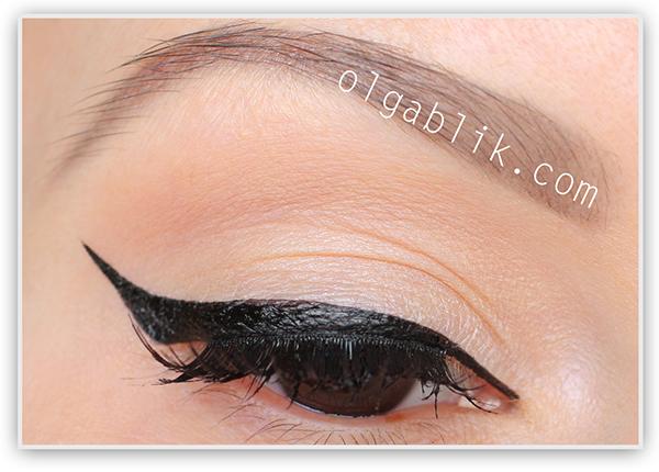 KATE Super Sharp Liner Liquid EyeLiner #BK