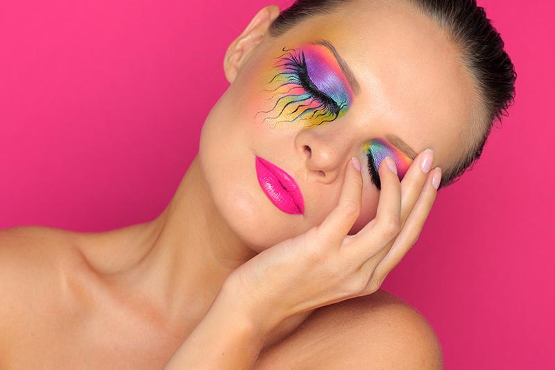 Креативный макияж глаз. Фотографии.: https://olgablik.com/2015/08/01/creative-makeup-4/