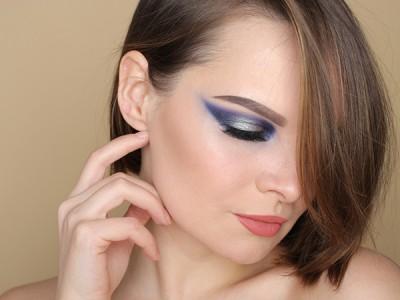 Синий Смоки Айс: пошаговый макияж