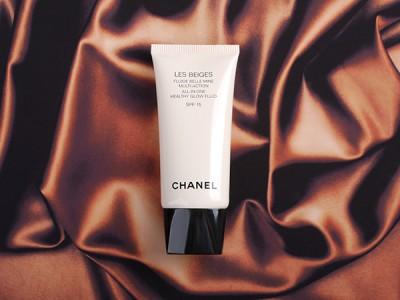Chanel Les Beiges All In One Healthy Glow Fluid: тональный крем для сухой кожи