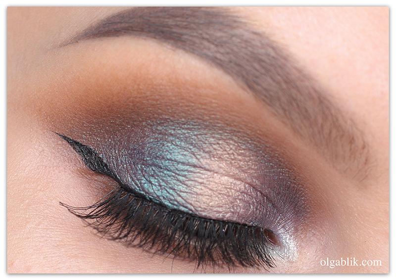 Makeup Geek Duochrome Eyeshadow Pan