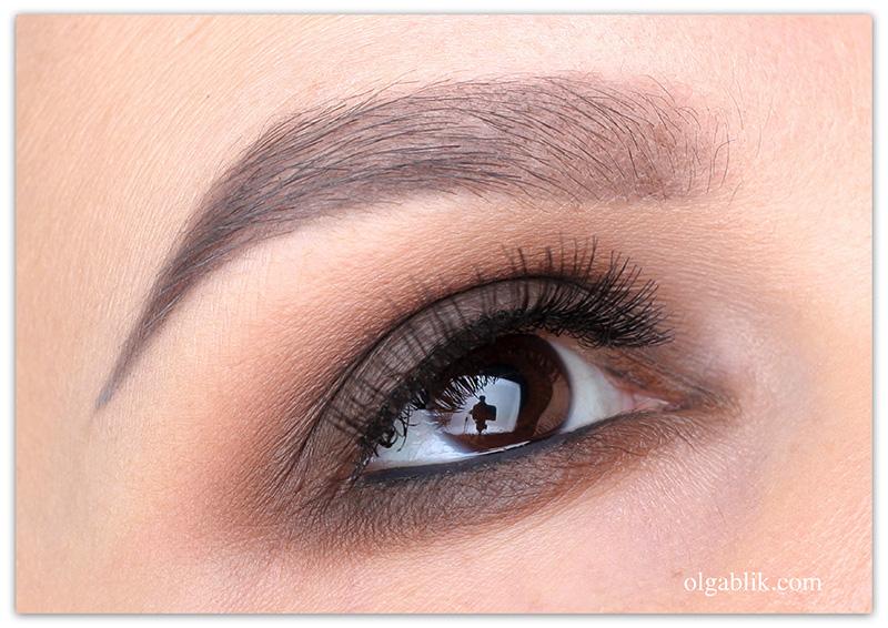 коричневый Smoky eyes