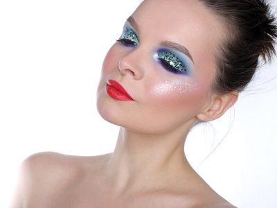 Креативный новогодний макияж