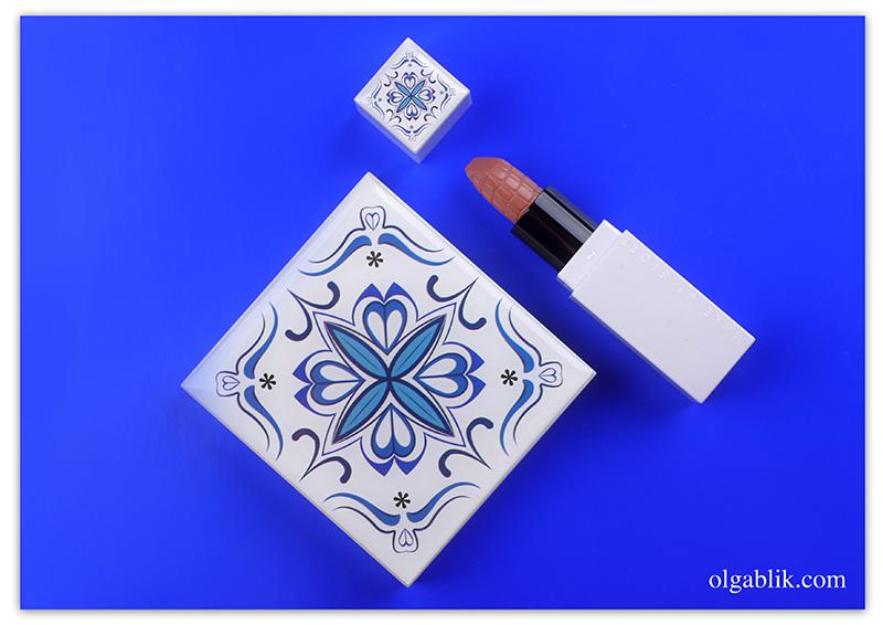 Make Up Store Porcelain