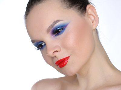 Urban Decay Moondust Eyeshadow Palette Makeup Blue Smokey eyes