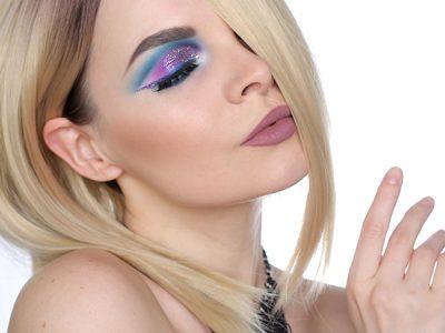 Цветной макияж с цветным глиттером