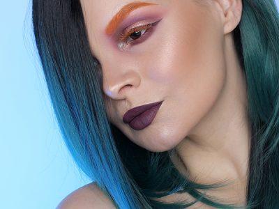 Цветные ресницы: оранжевый макияж