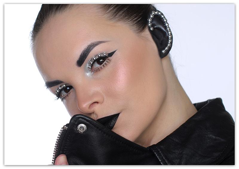 Хайлайтер TheBalm Cindy-Lou Manizer Highlighter, Shadow & Shimmer