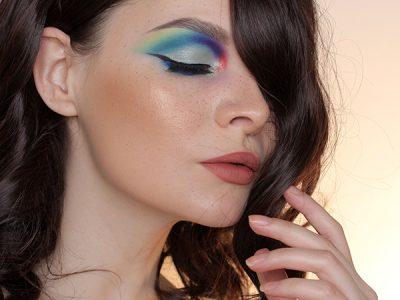 Цветная ломка или просто цветной макияж