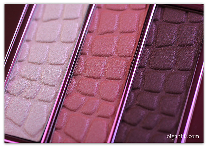 Розовая палетка теней Make up Store