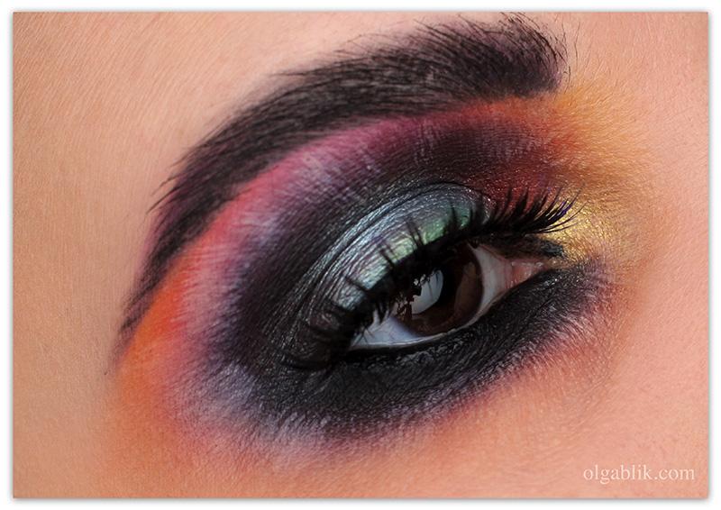 Как повторить цветные Smoky Eyes