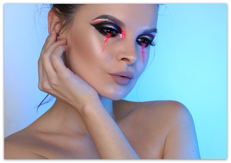 Creative Makeup New Year's Look