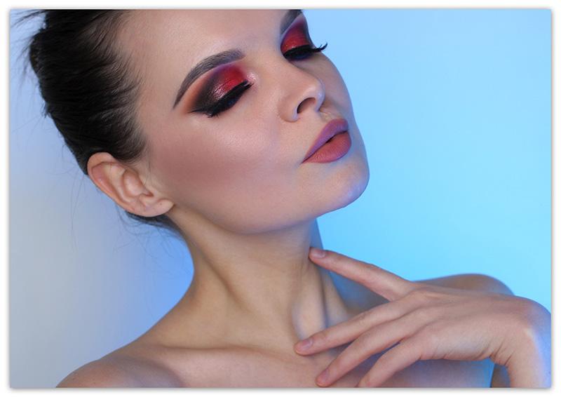 Красный макияж глаз, Макияж глаз с красными тенями фото