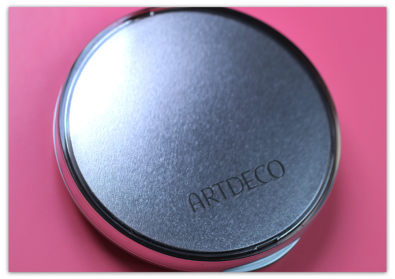 ArtDeco Hydra Mineral Compact Foundation, Минеральная пудра-основа под макияж ArtDeco отзывы