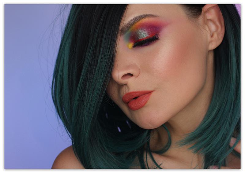Макияж цветными тенями - фото макияжа глаз