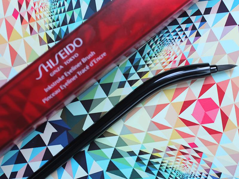 Shiseido Inkstroke Eyeliner Brush - кисть для подводки Шисейдо