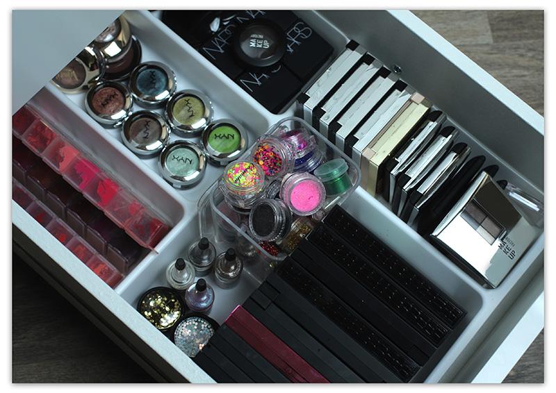 Хранение и организация косметики дома