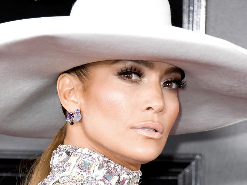 Грэмми — 2019 неудачный макияж звезд и образы