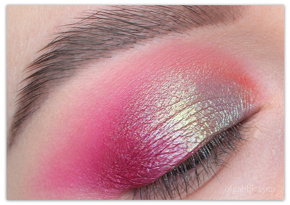 Сияющие тени PUPA Unexpected BEAUTY Eyeshadow
