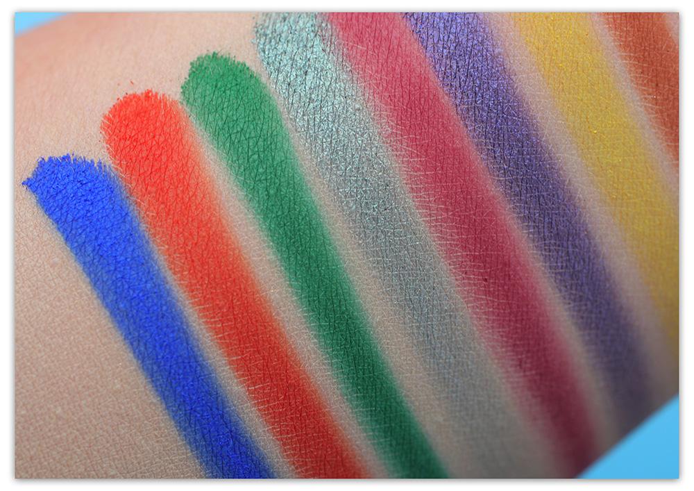 Палетка теней Afrique Eyeshadow Palette – Juvia's Place (свотчи)
