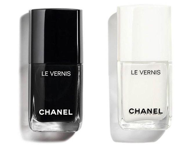 Бьюти-новинки косметики Chanel Black and White Fall Winter 2019 Makeup Collection
