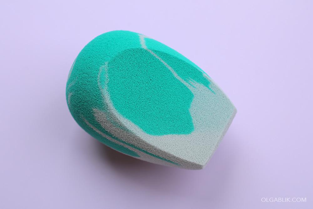 Спонж Ecotools Perfecting Fresh Blender
