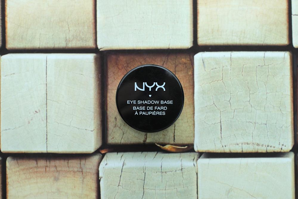 База под тени NYX Eye Shadow Base #05Black