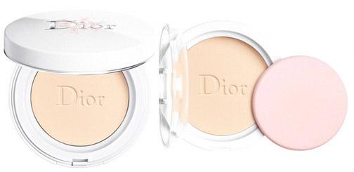 Тональные кремы 2020 - Dior Diorsnow Perfect Light Compact Foundation