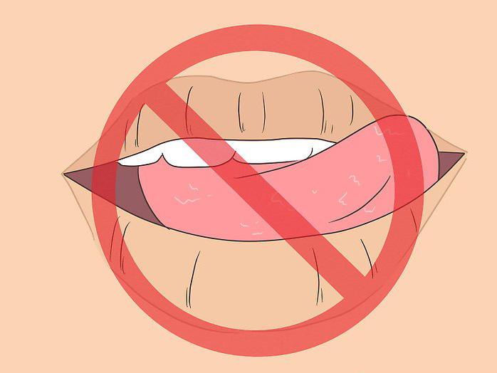 Почему матовая помада сушит губы