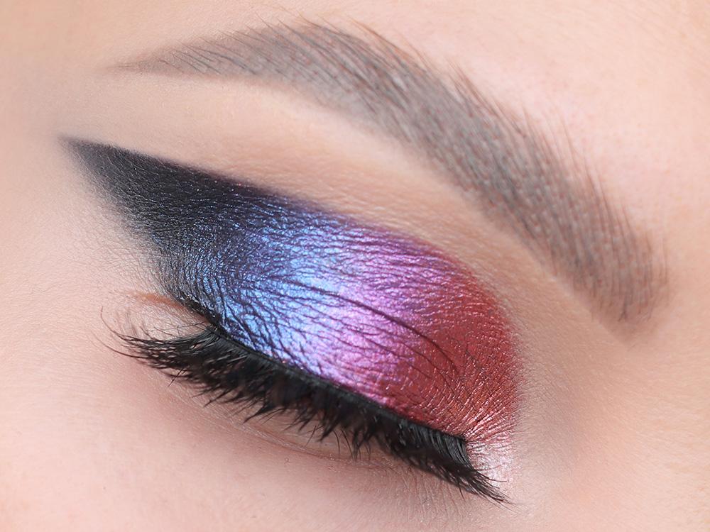 Как сделать перламутровый макияж глаз