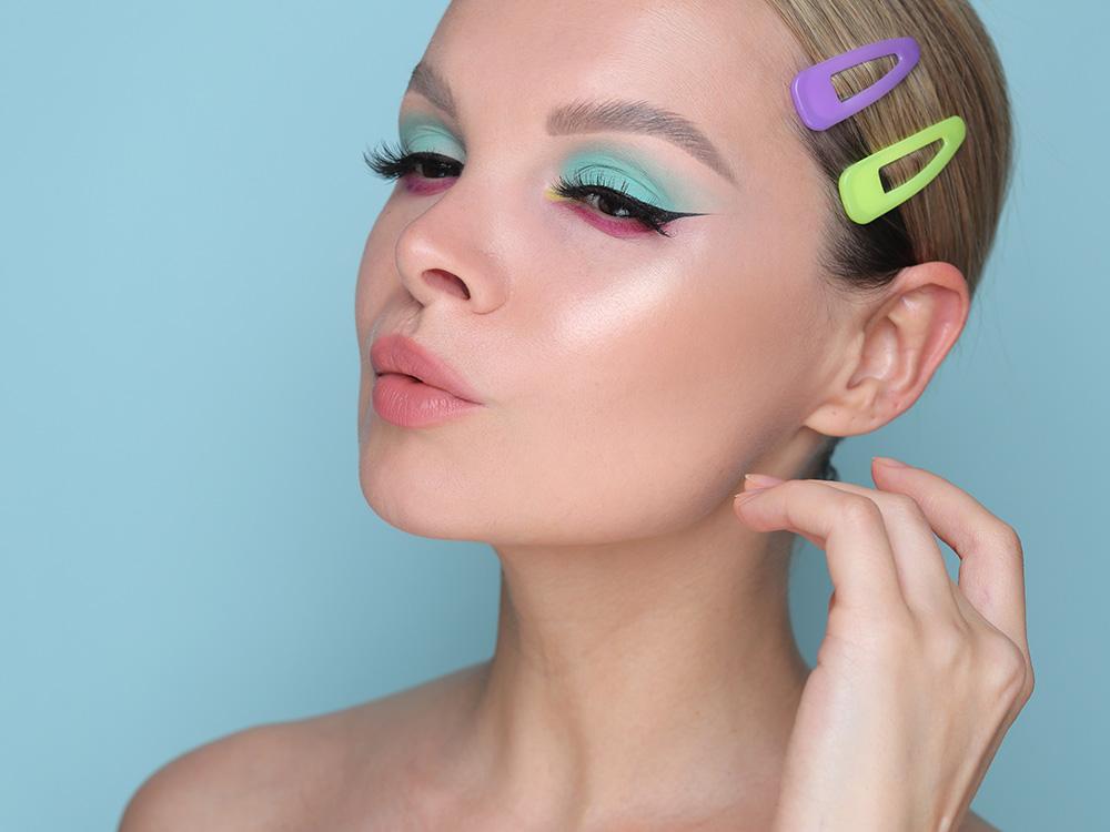 Как сделать макияж с жидкими тенями