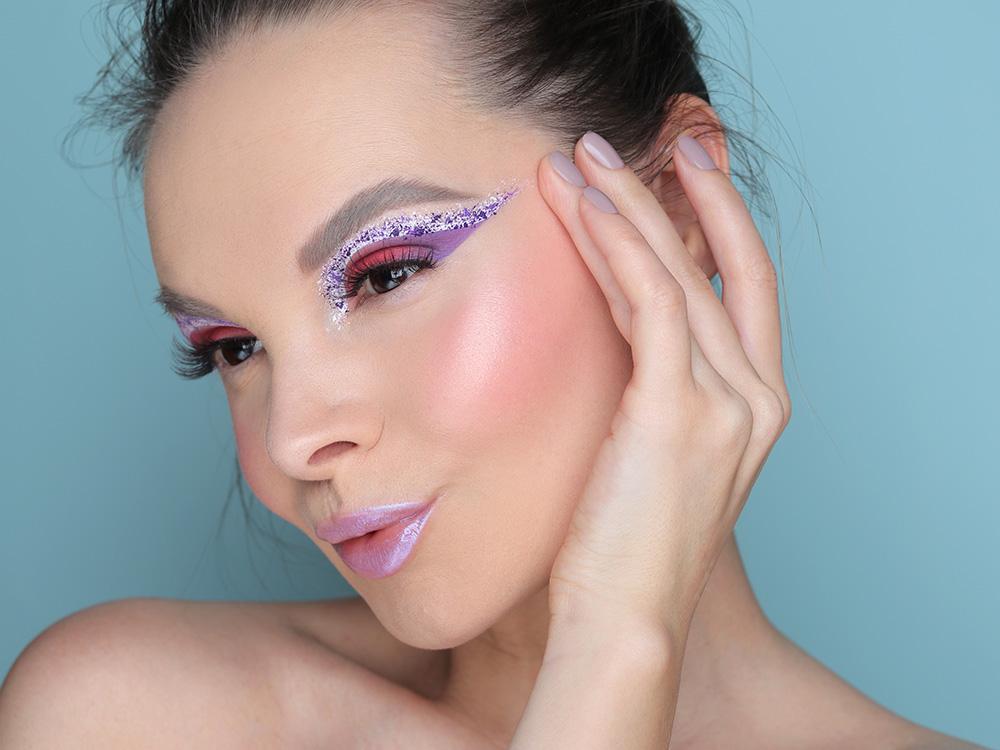 Креативный зимний макияж 2020