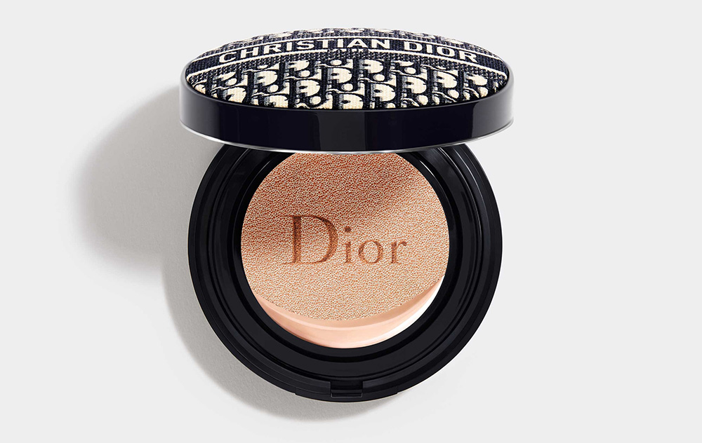 Лимитированный кушон Diorskin Forever Perfect Cushion Dior Mania Gold Edition
