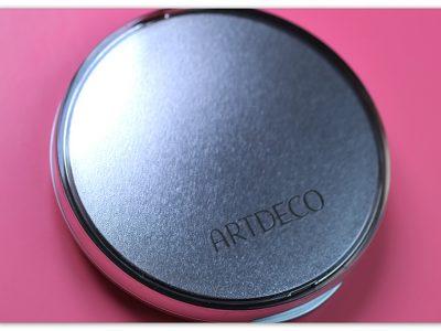 Пудра-основа ArtDeco Hydra Mineral Compact Foundation